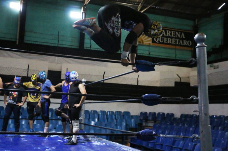 luchas11